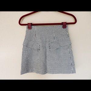 Forever 21 Black and White Plaid Mini Skirt Sz 0